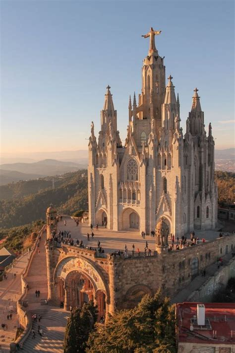 7 Things to Know About Church Architecture Before You