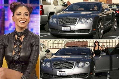 12 Hot Hollywood Celebrities Who Drive Hot Cars