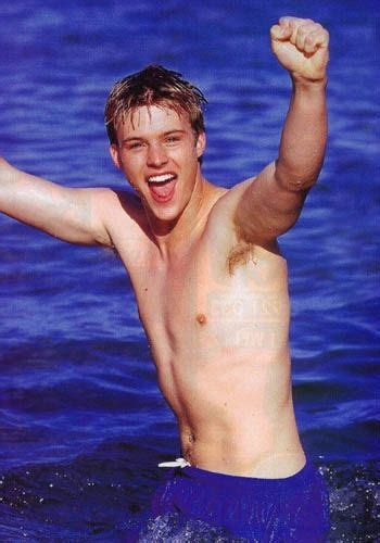 JESSE SPENCER ! SHIRTLESS ! VERRY YOUNG VERSION ! (With