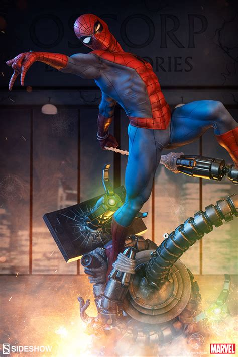 Sideshow EXCLUSIVE Spider-Man Premium Format Statue Up for