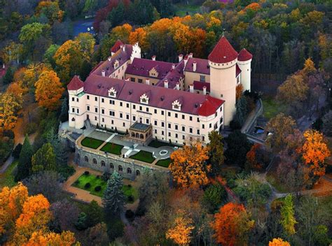 12 of the Coolest Castles in the Czech Republic - Just a Pack