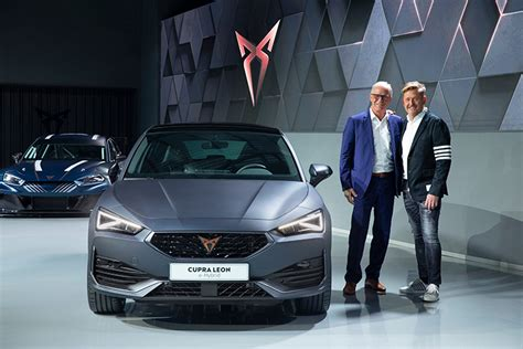 CUPRA opens the doors of its new headquarters with the
