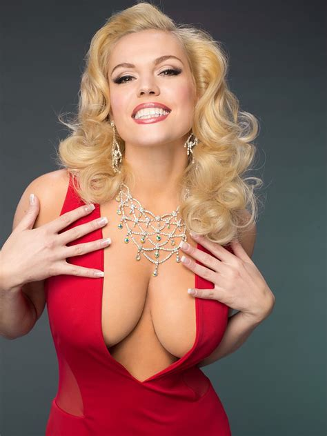 Lifetime has Anna Nicole Smith back in view with biopic