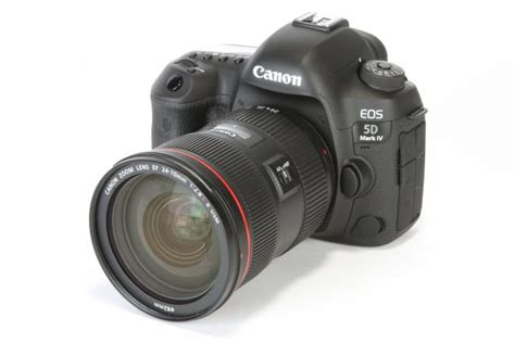 Canon EOS 6D Mark II vs 5D Mark IV: What's the difference