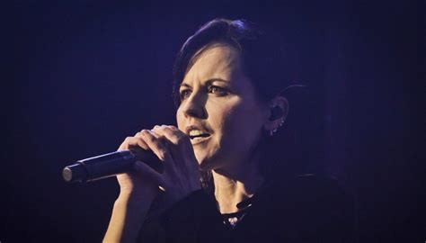 Watch: Dolores O'Riordan performs haunting version of