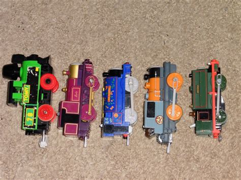 tomy/trackmaster comparison and special track - suns