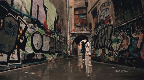 Graffiti City Wallpapers HD free download   Page 3 of 3